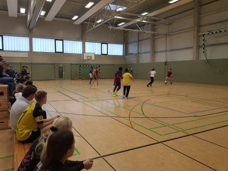 Ready Set Go: Das Fußball-/ Badmintonturnier