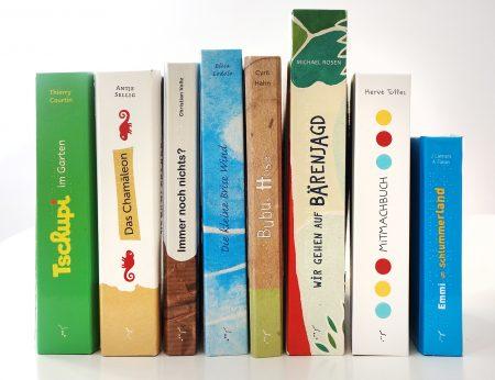 Bücher und andere Materialien für den Distanzunterricht
