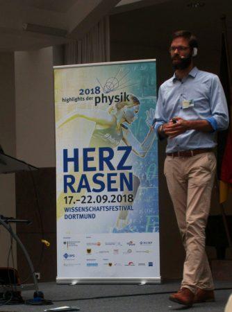 Plasma in der Mikrowelle - Die Physik-Exkursion der Q1